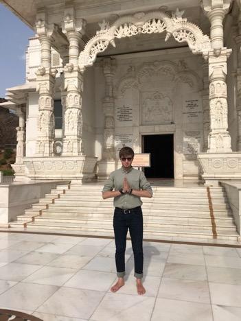 Daniel Bacheschi, YC 2021, at Birla Mandir in Jaipur, India.